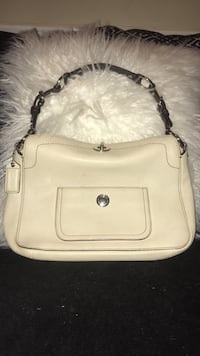 women's white leather sling bag Oxon Hill, 20745
