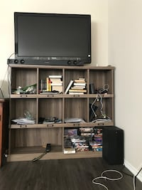 Large bookcase/ TV stand Alexandria, 22314