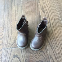 Baby gap winter boots 538 km