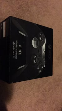LIKE NEW XBOX ONE ELITE CONTROLLER 551 km