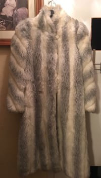 GORGEOUS VINTAGE FUR COAT LADIES SIZE 14 Bedford, 76022