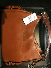 brown leather Michael Kors tote bag Manchester, 37355