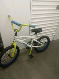 Minion Bike Chantilly, 20151