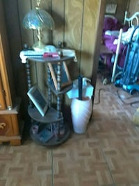 black and gray upright vacuum cleaner Avon Park, 33825