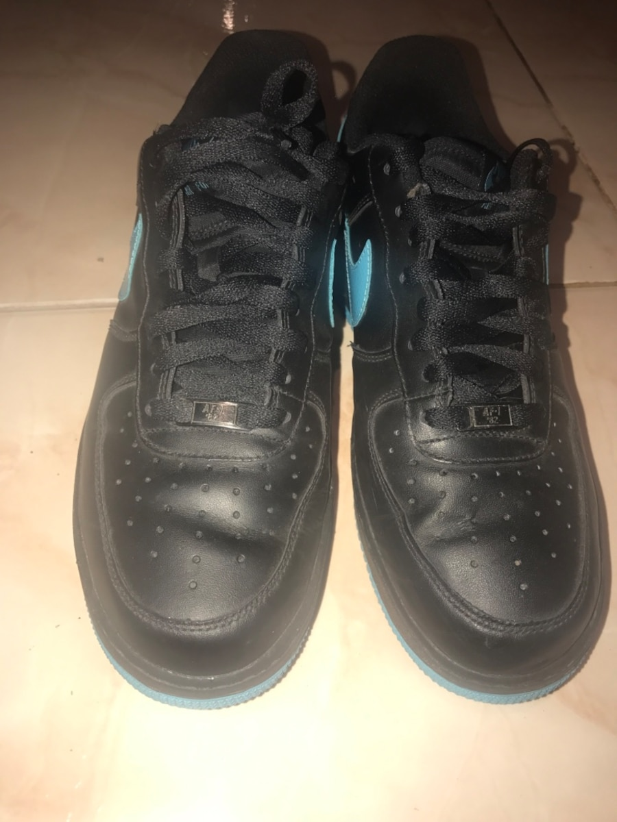 Men's Nike Air shoes. Brand new. Size 10. - Vaughan