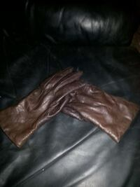 Brown leather gloves from England