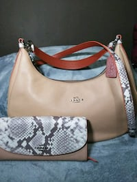 Coach Purse with Coach Wallet Kennewick, 99336