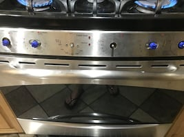 Ge self cleaning gas stove