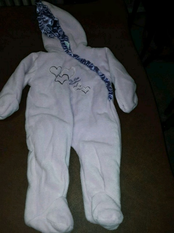 08de6980e Used Baby girls snowsuit - 3 6 months for sale in Chicago - letgo