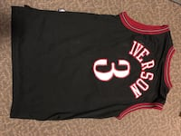 black and red Chicago Bulls 23 jersey 514 mi