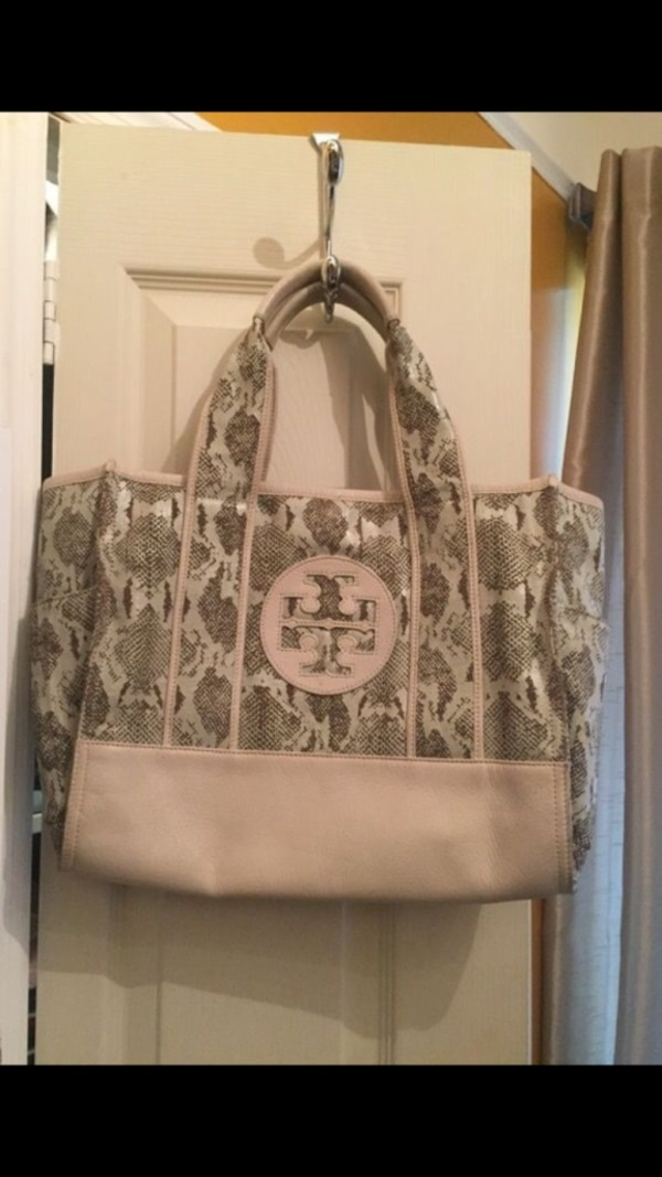 a2bf8e96c53 Used pink and gray Tory Burch tote bag for sale in New York - letgo