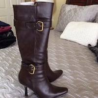 NWOT size 6 1/2 CL Laundry brown boots  Fairfax, 22030