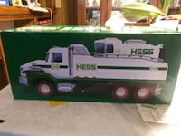 Hess truck and loader East Earl, 17519