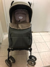 peg perego stroller reversabil with footmuff and rain cover and cup holder Toronto, M1R 1S9