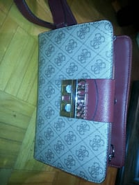 Guess over body purse  Mississauga, L5A