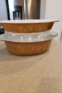 2 pyrex early American dishes Inwood, 25428