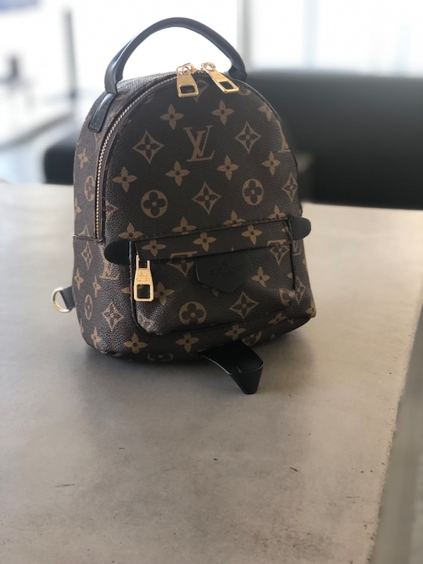 07659c7415fb85 Used Genuine Leather Women's Mini Backpack for sale in Miami - letgo