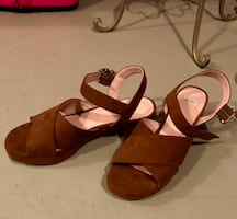 Zara sandals almost new size US8