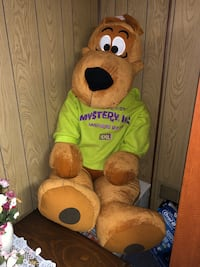 Scooby Doo stuffed animal St Catharines, L2N 3T9