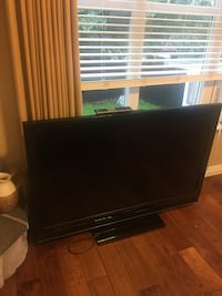Sony Bravia (KDL52WL140)-55 inchedLCD screen in perfect condition Maple Ridge, V4R 2W6