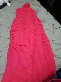 Pink prom or graduation dress Edmonton, T5B 3M2