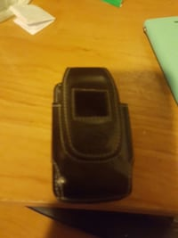 leather case for Motorola v3 razor Calgary, T2A 1E7