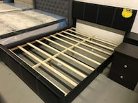 Brand new black queen faux leather platform bed frame with adjustable headboard warehouse sale  多伦多, M1V 1E9
