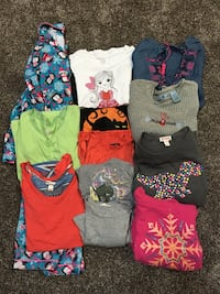 Girls size 14/16 pjs and tops Fraser, 48026