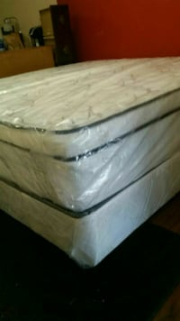 King size bed pillow top new can deliver  Saint Petersburg, 33712