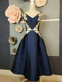 100% brsnd new navy embroidered party dress Coquitlam, V3E 3G8