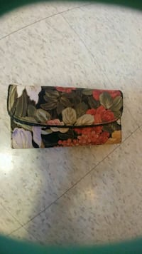red, green, and white floral wallet Kitchener, N2G 4X6