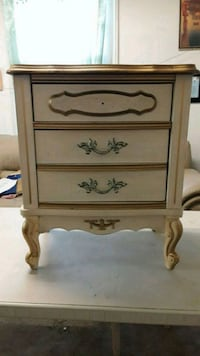 brown wooden 3-drawer chest New Orleans, 70119