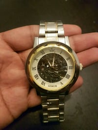 Gold and silver watch Dollard-Des Ormeaux, H9B 1P7