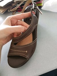 Naturalizer N5 brown leather open-toe sandal sz 7 Surrey