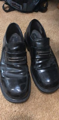 pair of black leather dress shoes Maple Valley, 98038