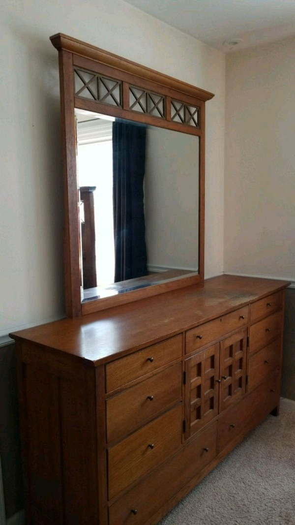 Used Solid Wood Dresser W Mirror For Sale In Elgin Letgo