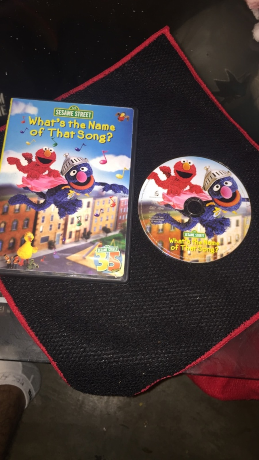 Sesame street what's the name of the song DVd in Salida ...
