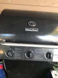 Gray 3-burner gas grill no rusty just dusty need get clean very easy, I perched it in superstore last year for $120 used few times but I am moving can not take it with me  North Vancouver, V7K 2H4
