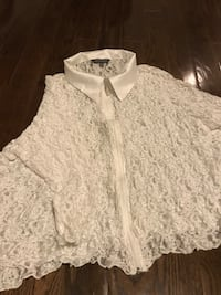 White lace Addition Elle top. Innisfil, L9S