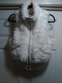 women's white fur vest Washington, 20001