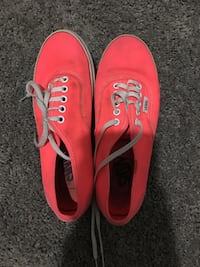 Women's size 6 Pink vans Virginia Beach, 23452
