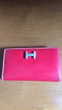 Salvatore Ferguson women wallet never used it almost brand new Chilliwack, V2P 6Z3