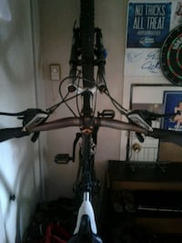 black and gray hardtail bike 791 km