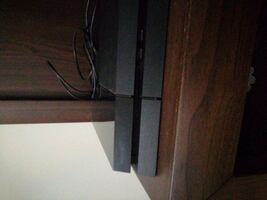 PlayStation 4 (500GB) ve 5 oyun