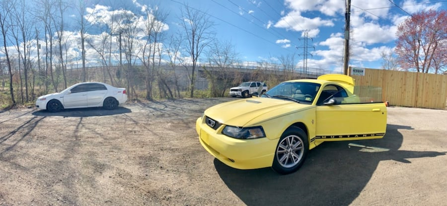 Ford - Mustang - 2001 d7d1855e-cea1-43b9-a3e6-a52527113f4f