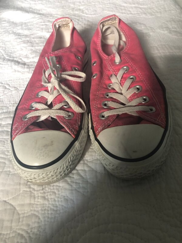 3e3c942aa926 Used Pair of red converse all star low top sneakers for sale in Dallas -  letgo