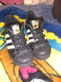 Adidas shoes for sale brand new size 6 and half Victoria