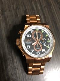 round gold-colored chronograph watch with link bracelet San Antonio, 78216