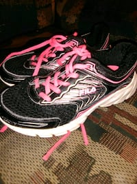 Black and pink filashoes size 13.5 Tullahoma, 37388