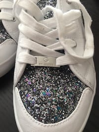 Guess blingy runners